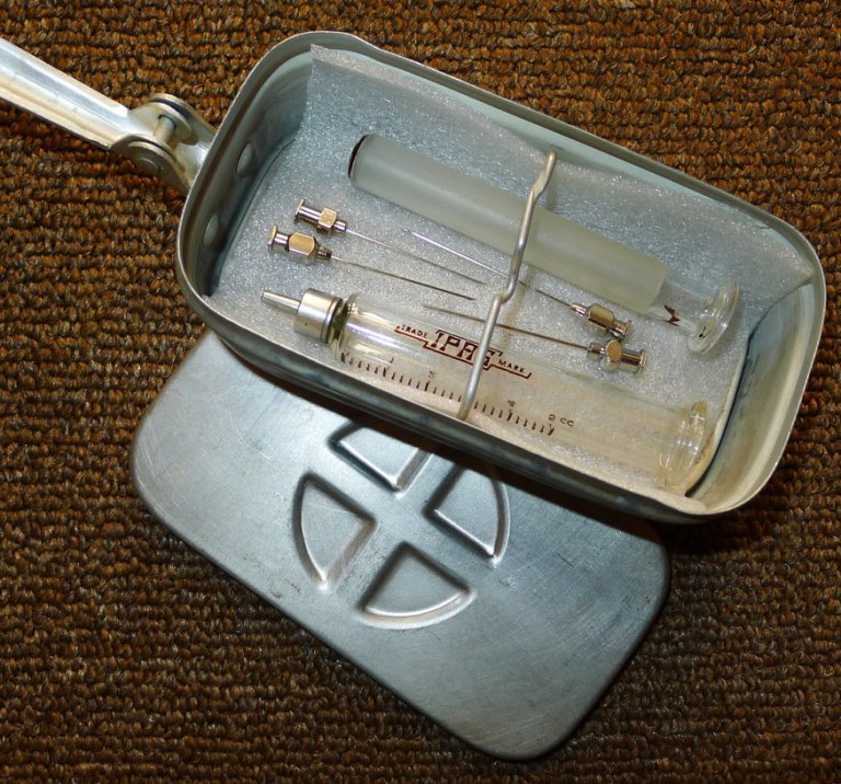 Vintage Metal Sterilizer Box by Yesterday Tools Patroklos Stellakis